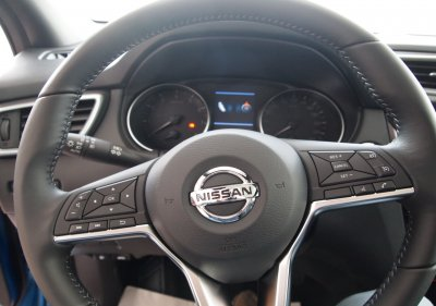Nissan QASHQAI 1.3 dig 140CV Q-LINE + TECHO